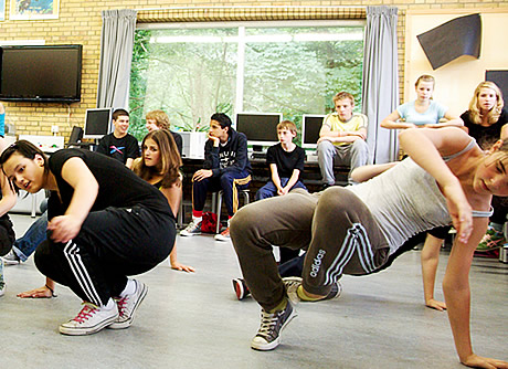 http://www.kloonfabriek.nl/uploads/ckvfabriek/images/workshops/breakdance-workshop_thumb.jpg
