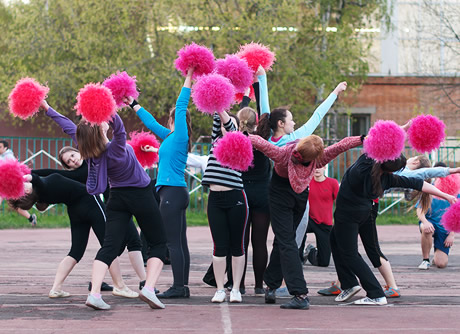 http://www.kloonfabriek.nl/uploads/ckvfabriek/images/workshops/cheerleading-workshop_thumb.jpg